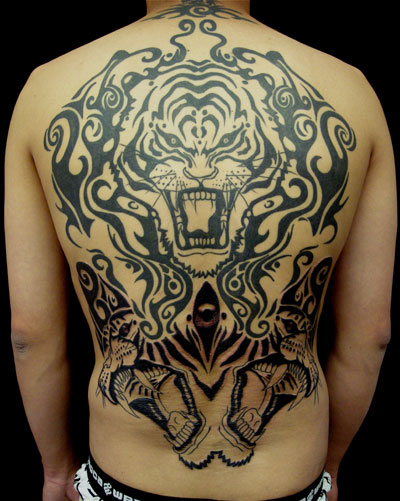 mehai-bakaty-tiger-rorschach-backpiece-tattoo